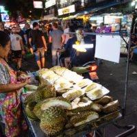 Nobar Indonesia-Thailand di Khaosan Rd