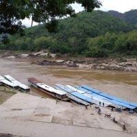 Susur Sungai Mekong : No Beer, No Tourist